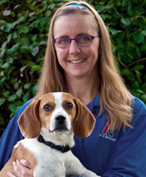 Melanie and Buggs Rose Cincinnati Canine Bed Bug Team